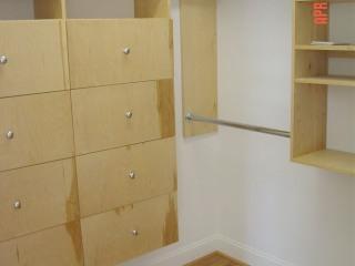 custom-built-closet