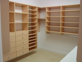 built-in-closets