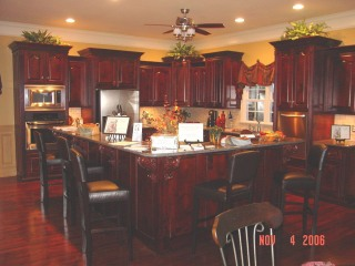 huge-kitchen